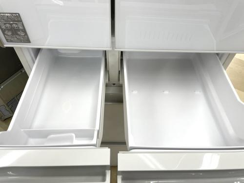中古カメラの大型冷蔵庫