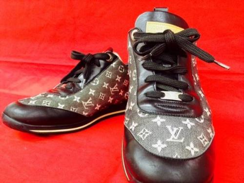 ブランド・ラグジュアリーの靴