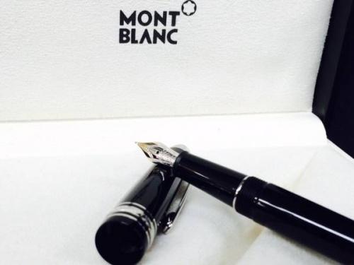 ビジネスアイテムのMONTBLANC