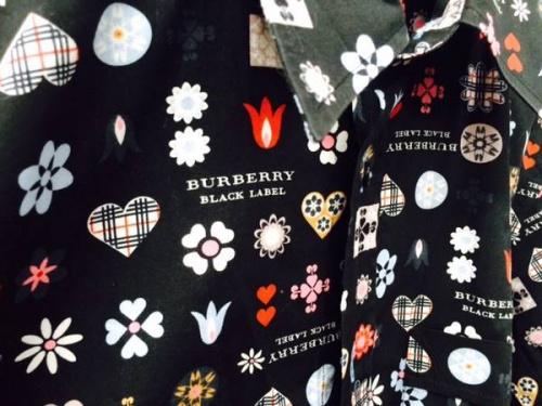 シャツのBURBERRY BLACK LABEL