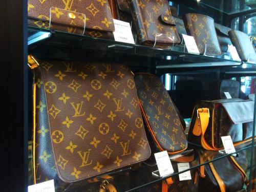 バッグの南浦和ブランド