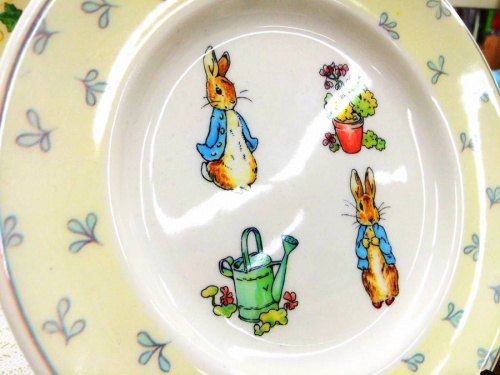 洋食器のpeter Rabbit