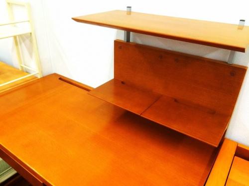 カリモクの学習机