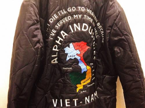 ジャケットのALPHA INDUSTRIES INC