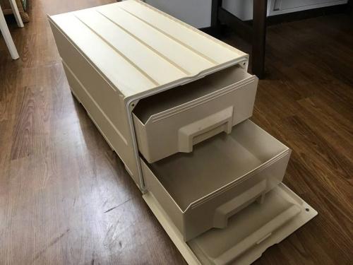 tupperwareの南浦和家具