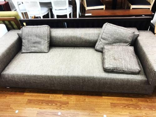 ソファーの南浦和家具