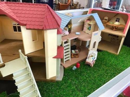 シルバニアハウスの人形