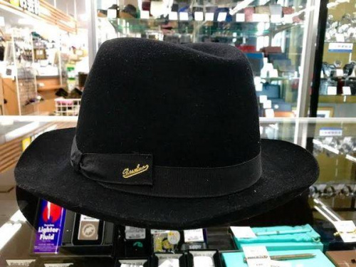 帽子のウールハット