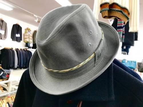 マフラーの帽子