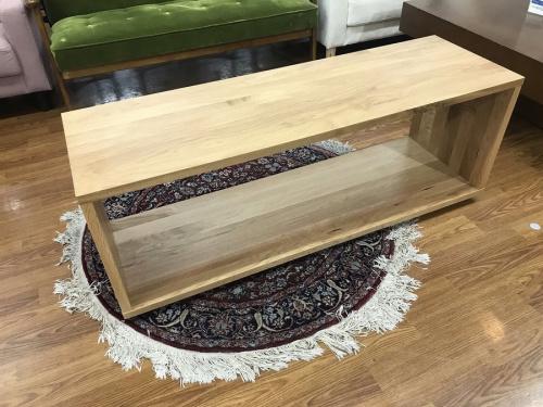 家具のテーブルベンチ
