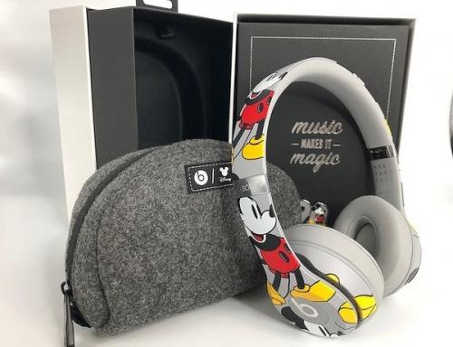 ワイヤレスヘッドホンのBeats Solo3 Wireless