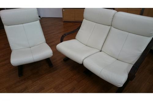 3人掛けソファーの富士ファニチア