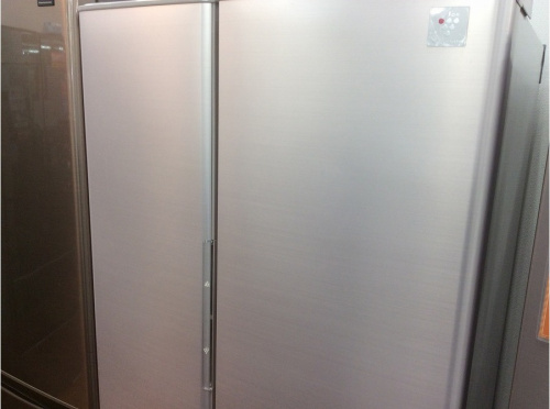 冷蔵庫の6ドア冷蔵庫
