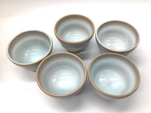 和食器の萩焼 (ハギヤキ)