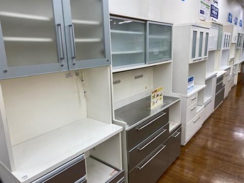 キッチンボードの中古家具 埼玉