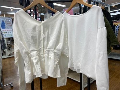ファッションの春物衣類