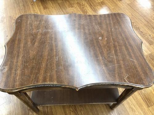 テーブルのアメリカンビンテージ
