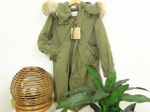 レディースファッションのモッズコート