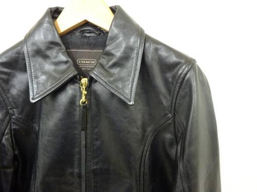 レディースファッションのジャケット