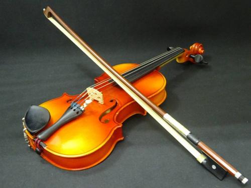 楽器・ホビー雑貨のバイオリン