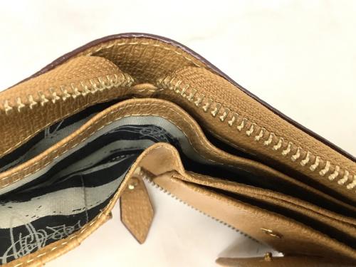 レディース衣類のブランド財布買取 岸和田