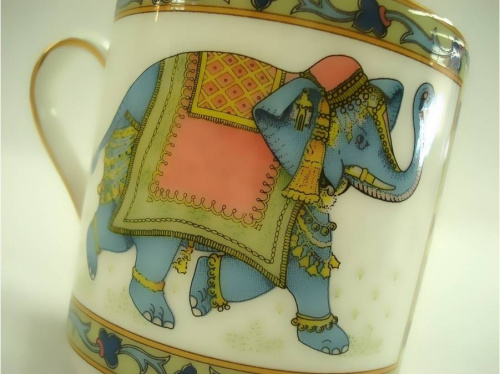 BLUE ELEPHANTの洋食器