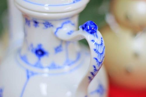 コーヒーポットのカップ&ソーサー