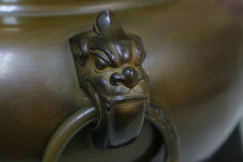 平丸釜添の唐銅鬼面風炉