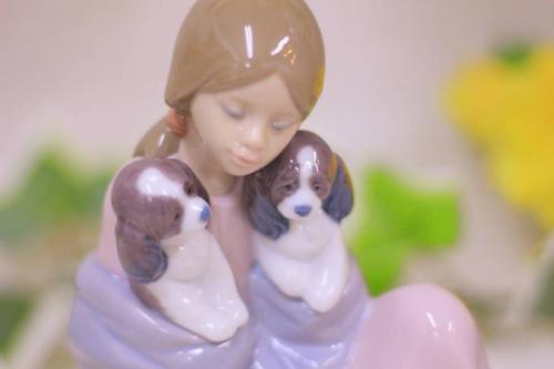 雑貨の陶器人形