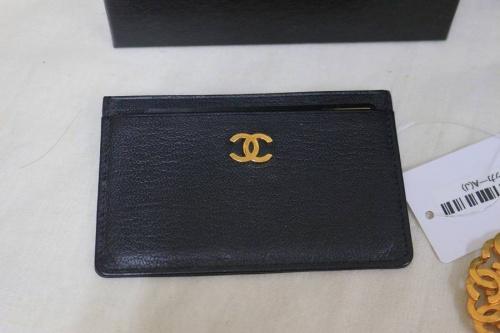 カードケースのネックレス