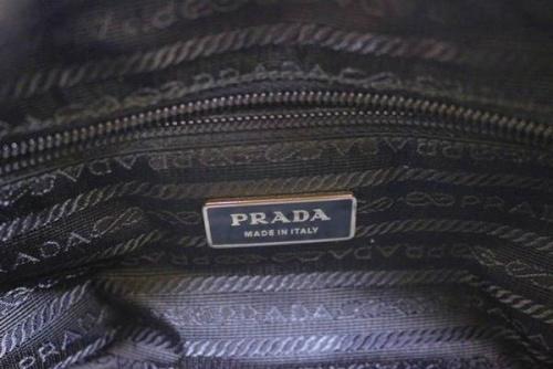 プラダ(PRADA)の2wayショルダー