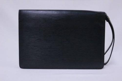 LOUIS VUITTONのセカンドバッグ