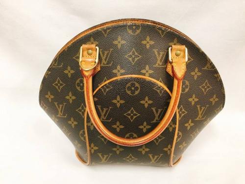 LOUI VUITTONのバッグ
