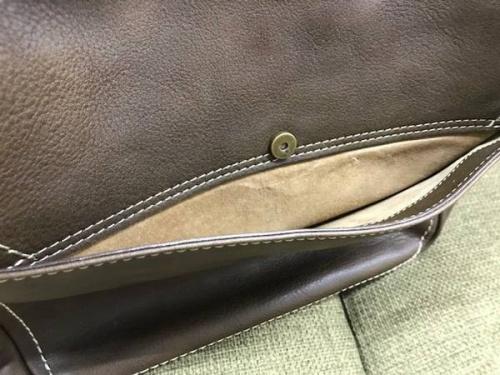 トーンオイルヌメショルダーの土屋鞄