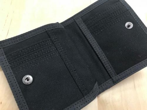 スモーキーの2つ折り財布