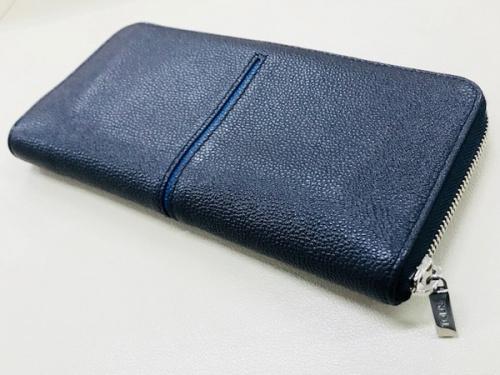 トレファク 千葉 財布のネイビー