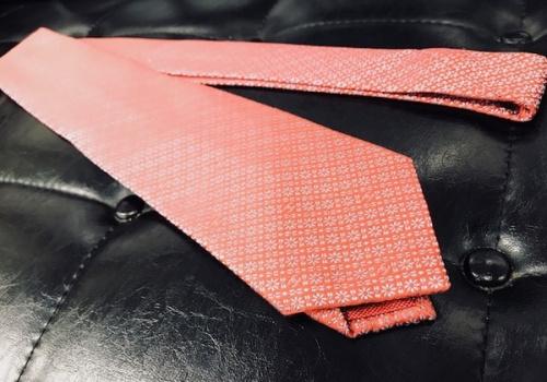トレファク 千葉 ブランドのネクタイ