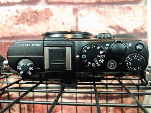 カメラ 安いのNikon