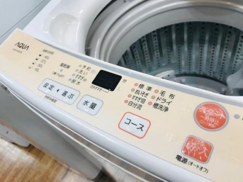 全自動洗濯機のAQUA