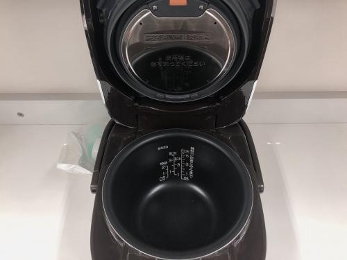 炊飯器 象印の圧力IH炊飯ジャー