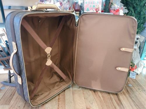キャリーバッグ スーツケース 中古のブランド キャリーバッグ