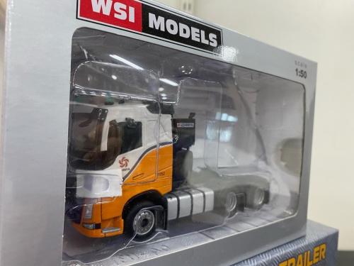 WSI MODELS KEN KRAFTの16輪中低重量物運搬用トレーラー