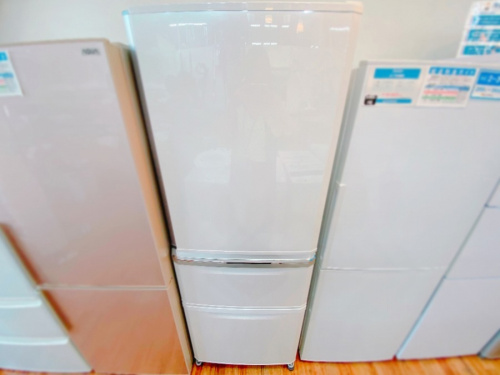 MITSUBISHI 三菱の3ドア冷蔵庫