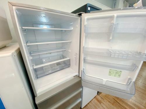 AQUA アクアの4ドア冷蔵庫