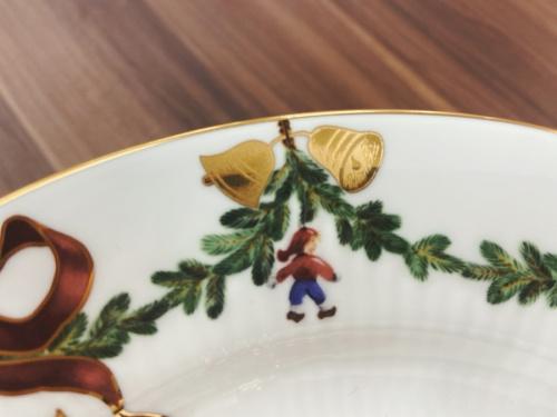 洋食器のデザートスタンドプレート