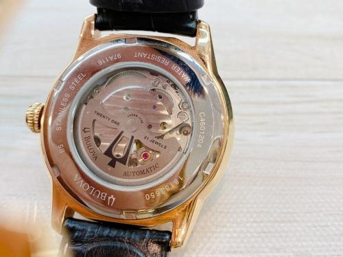 腕時計 中古のBULOVA ブローバ