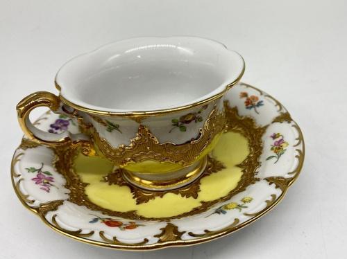 Meissen マイセンのカップ&ソーサー宮廷の小花 グランツゴールド
