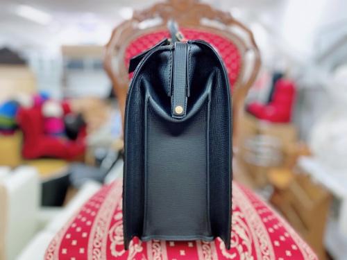 BURBERRY LONDON バーバリーロンドンのダレスバッグ