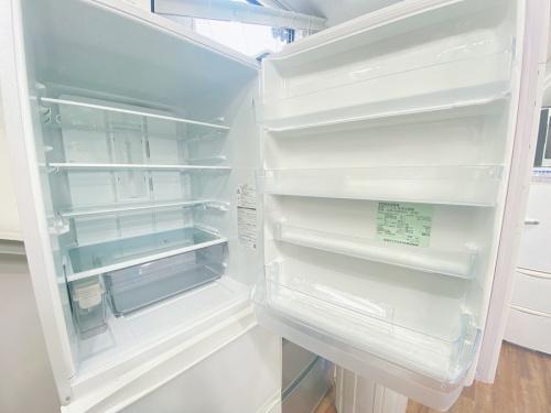 TOSHIBA 東芝の3ドア冷蔵庫