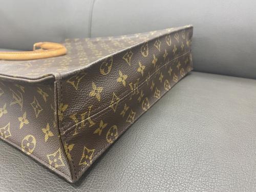 サックプラ ハンドバッグのヴィトン トートバッグ